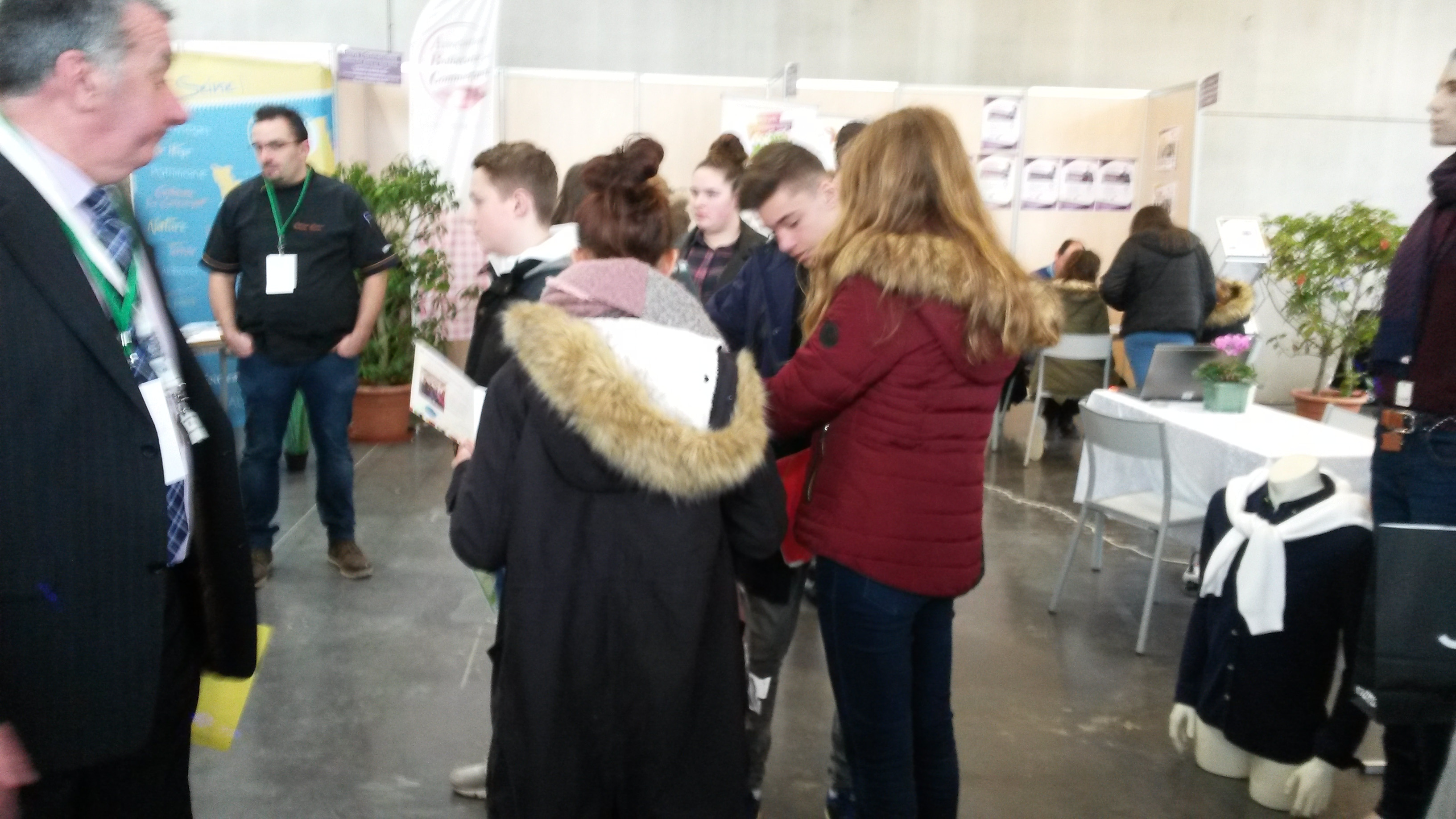 8aedf172319 Les 3C au Forum des métiers organisé par Caux Vallée de Seine - Ste ...