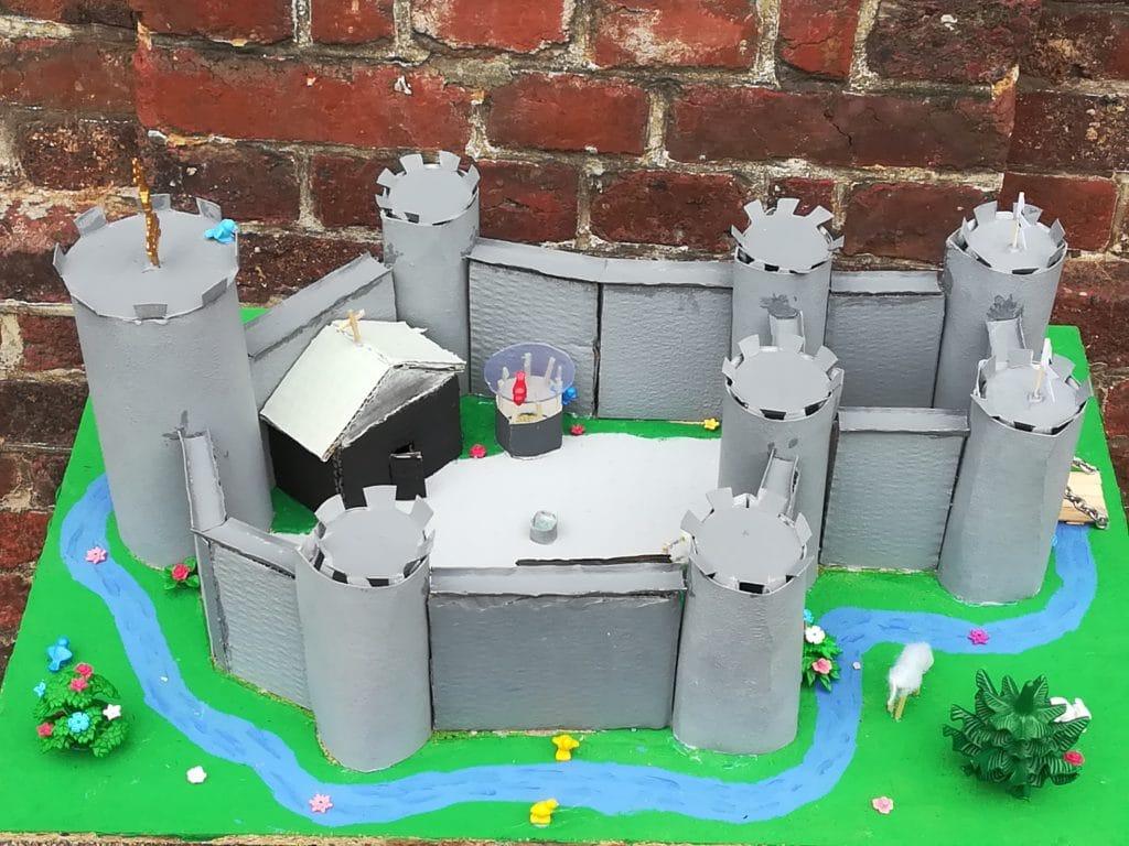 Projet châteaux forts en cinquième