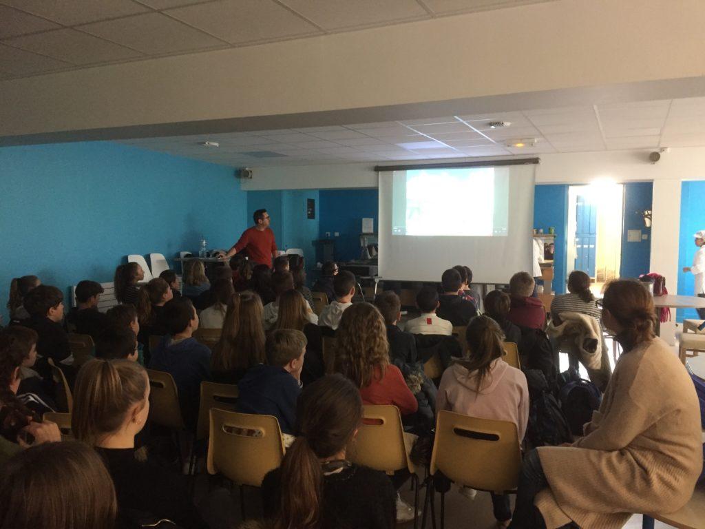 Présentation de l'association «Challenges Mehdi» aux élèves de Sainte-Geneviève